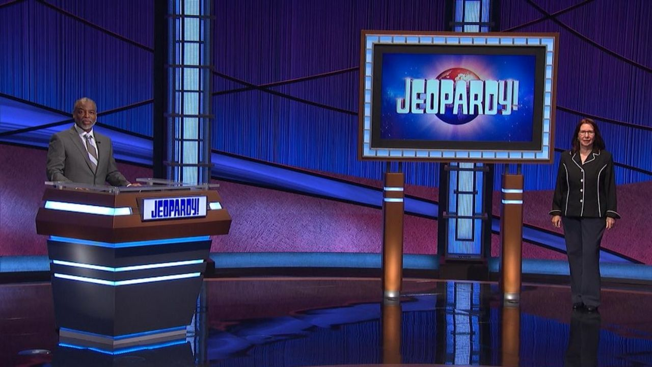 Mayim Bialik Steps In As Jeopardy!'s Interim Host After Richards' Exit
